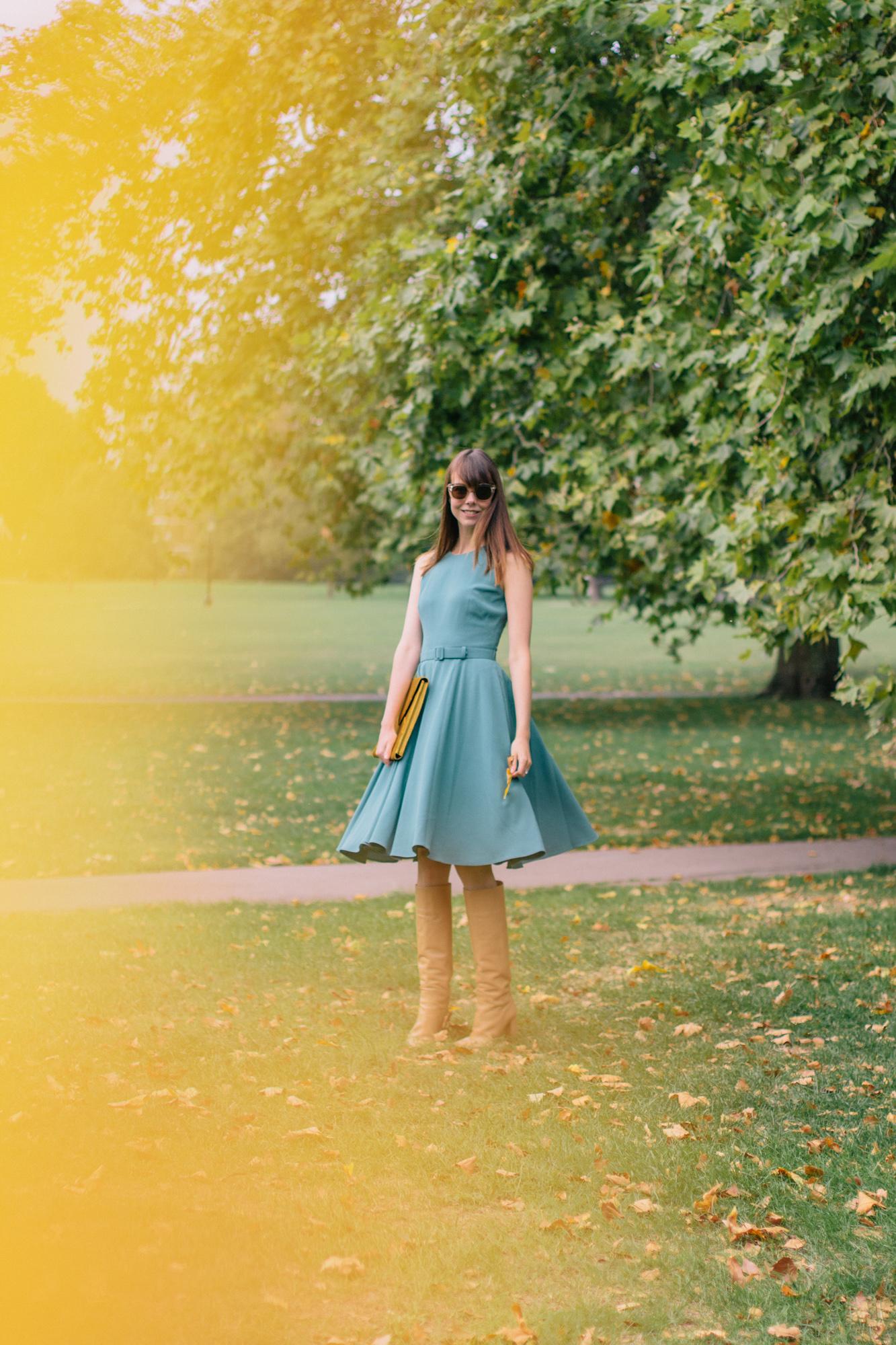 Gal Meets Glam Kaye Dress London Fall-32.jpg