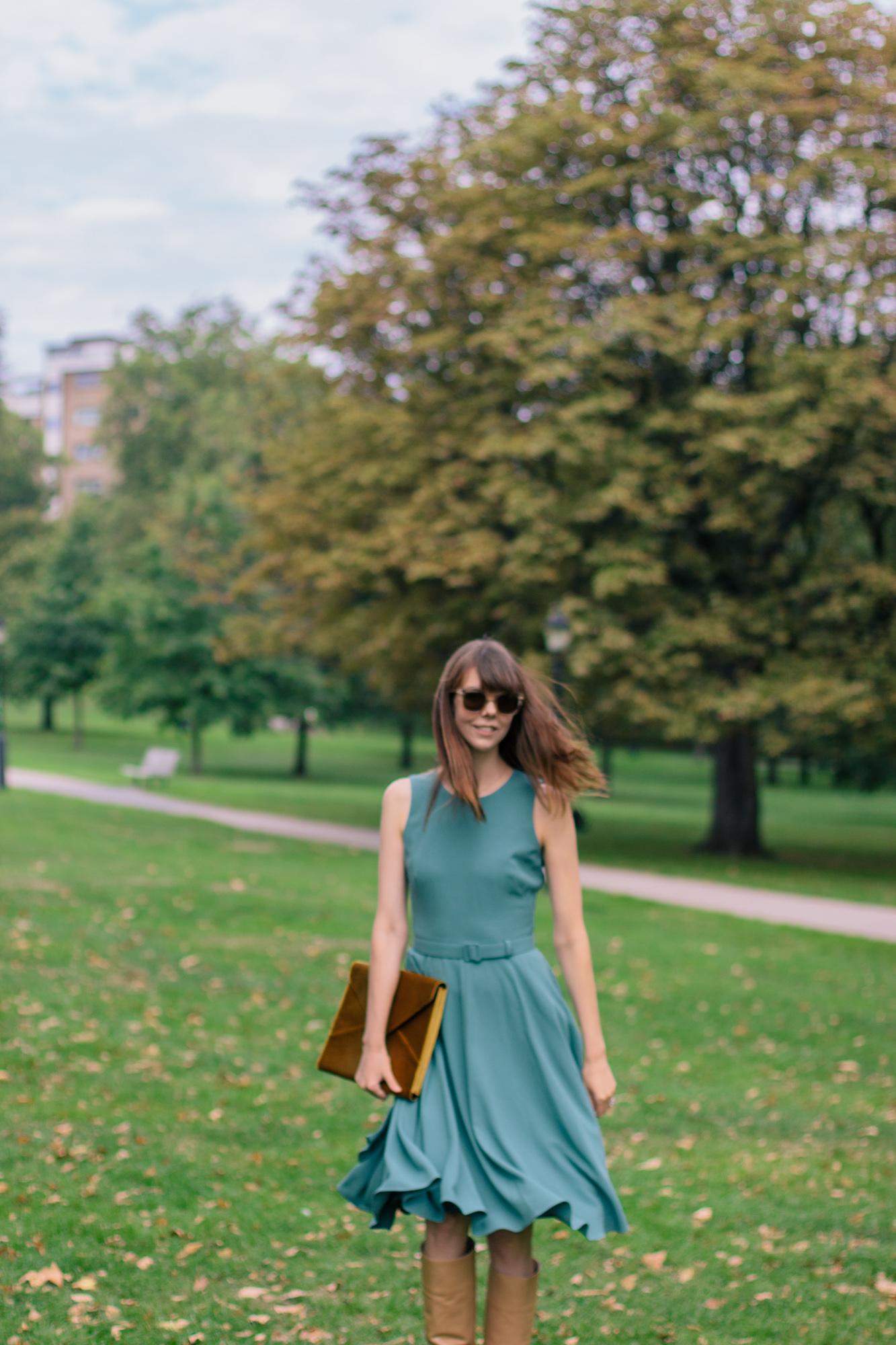Gal Meets Glam Kaye Dress London Fall-14.jpg