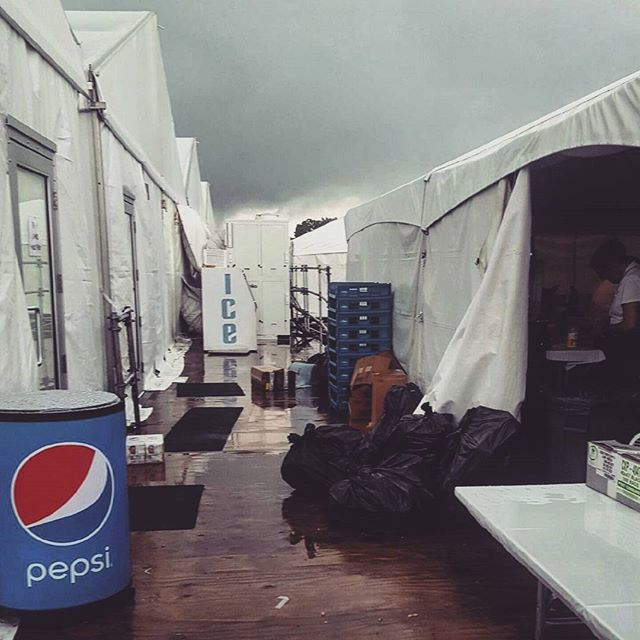 And I wonder who'll stop the rain? #creedanceclearwaterrevival  #catering #craftyfingers #behindthescenes #storm #thunder #golf #daughtersofthemill