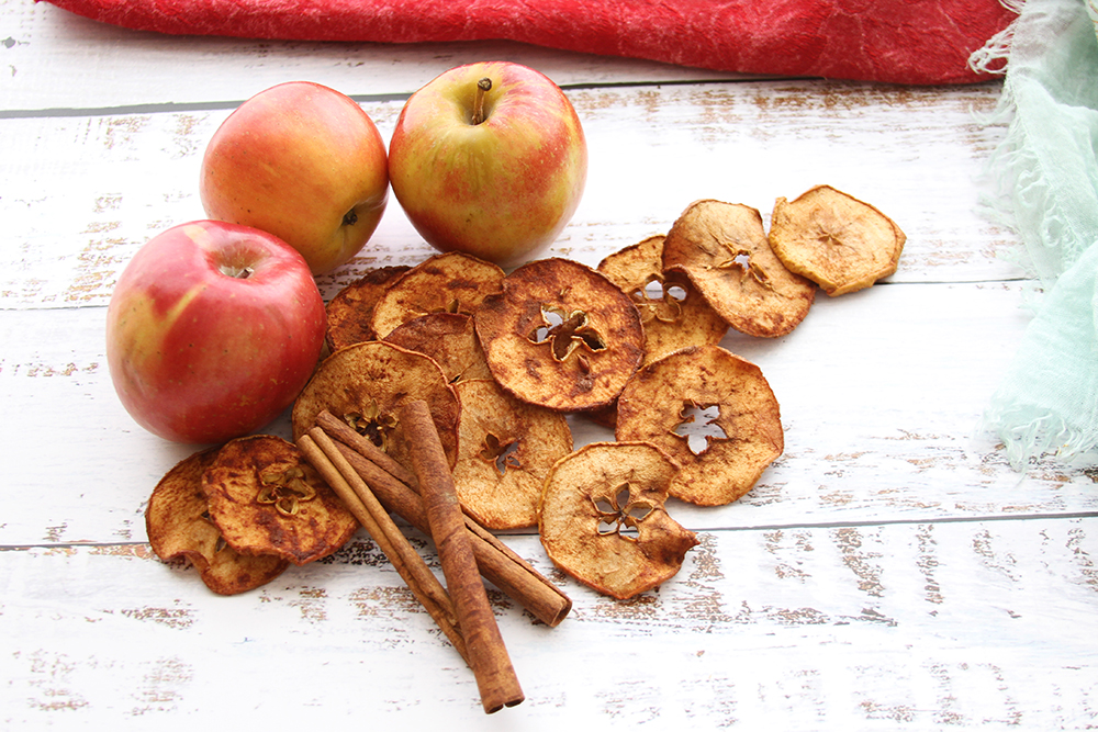 Cinnful Apple Chips  Photo: Katie Schmidt Recipe/Food Styling: Ruth Chipps