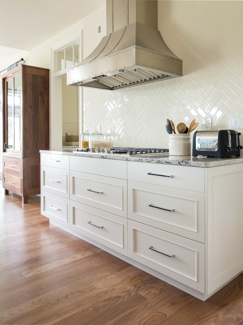 Plain & FAncy is the   proud contributor for cabinetry in the 2015 Better Homes and Gardens Innovation Home.   Utitled.  2015 Better Home and Gardens Innovation home, Mequon,WI.  http://plainfancycabinetry.com  March 13, 2016.