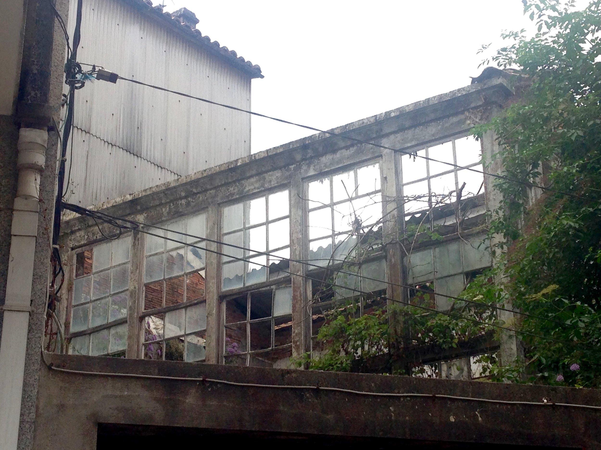 Abandoned building in the heart of Padrón, Spain