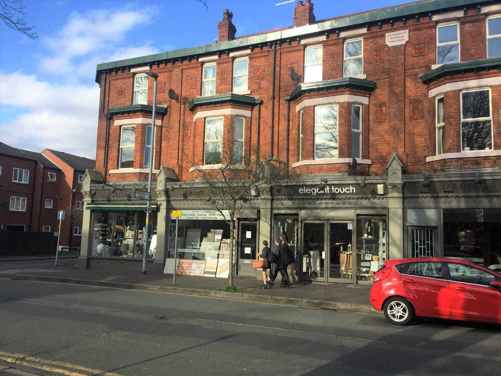 35 Lapwing Lane, Didsbury.jpg