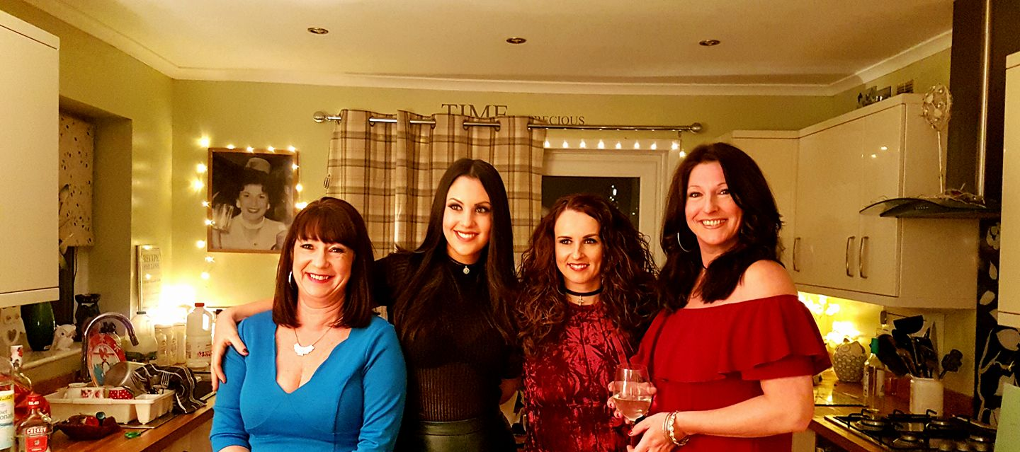 From your left: Adele, Kristina, Lisa (it's her birthday) and my sis-in-law Andrea