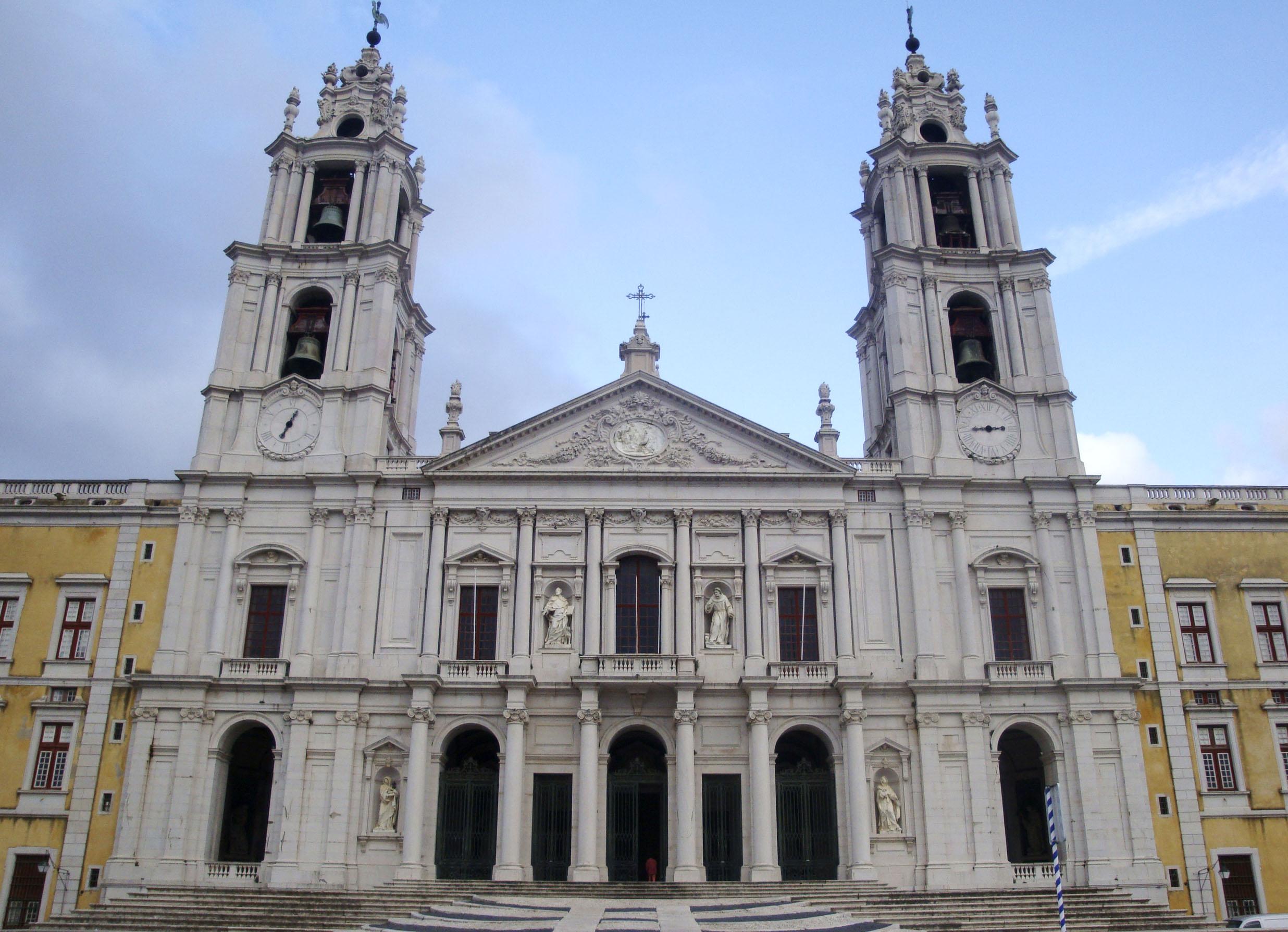 El magnífico Palacio de Mafra debe incluirse en una visita de 1 semana a Lisboa