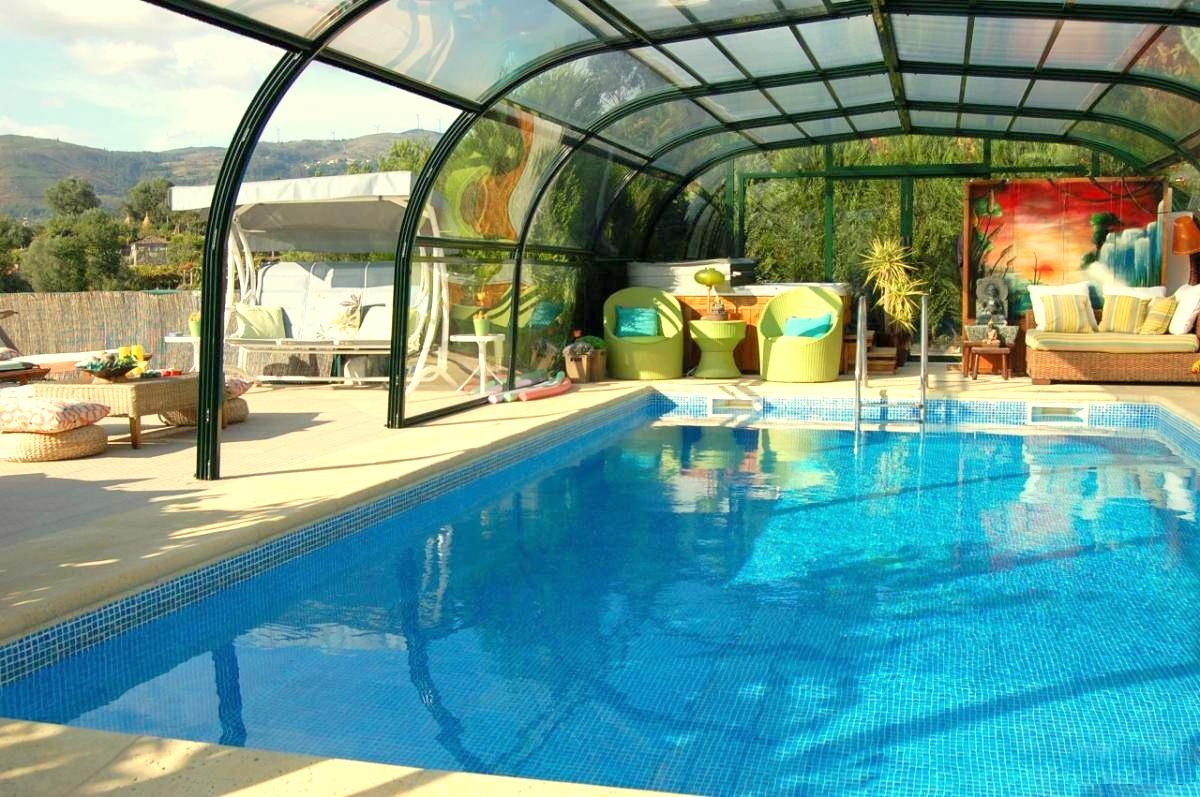 5934016247-quintinha-com-piscina.jpg
