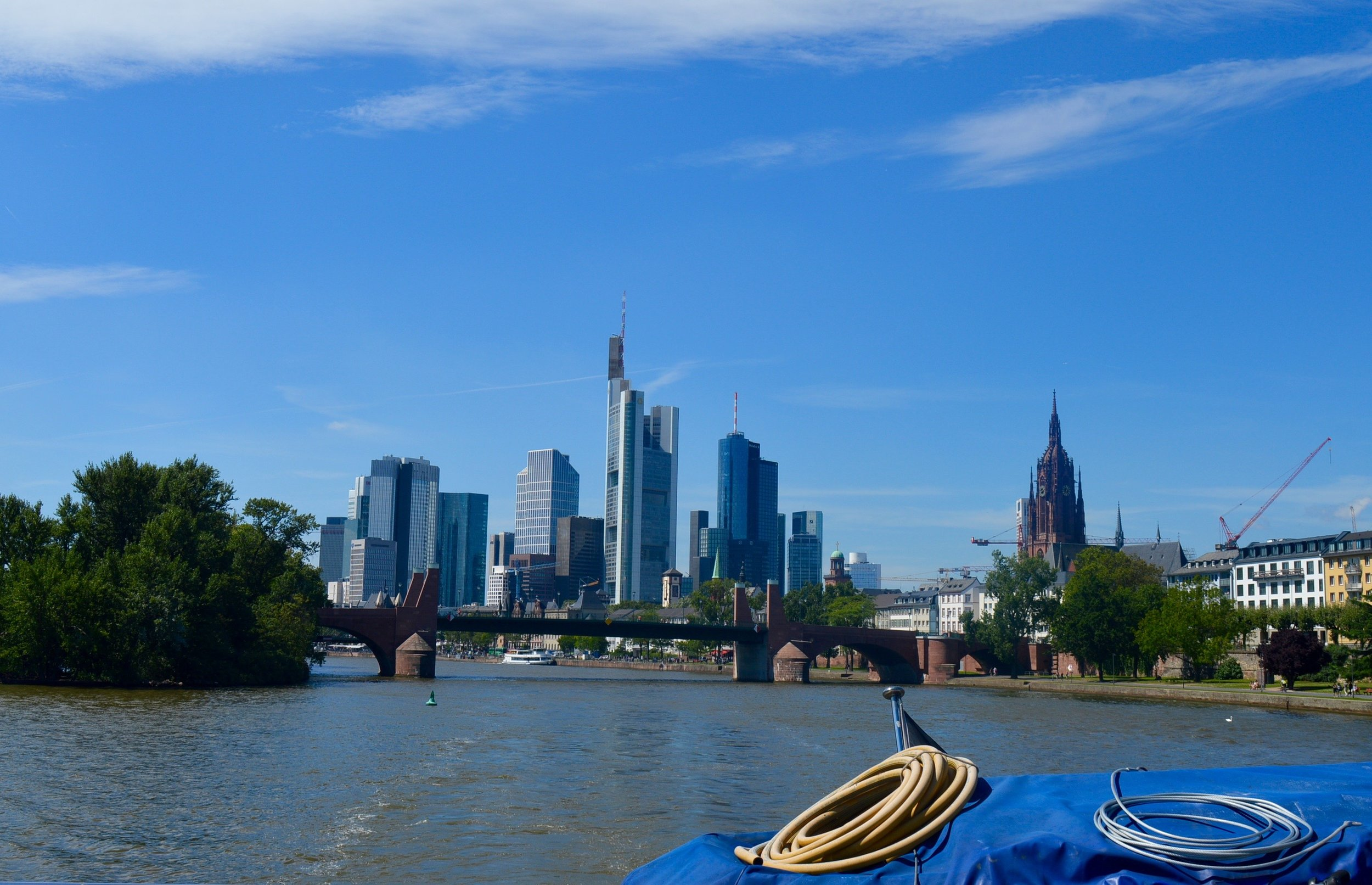 Frankfurt on the weekend (boat trip)