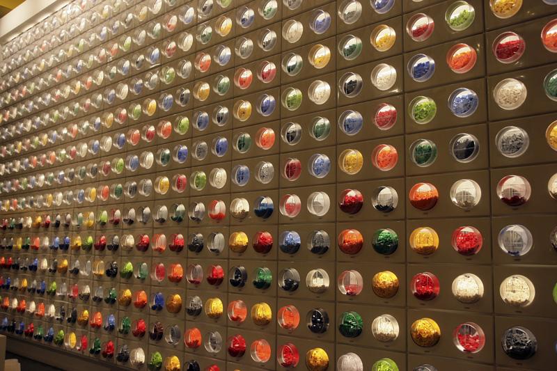 Lego pick new.jpg