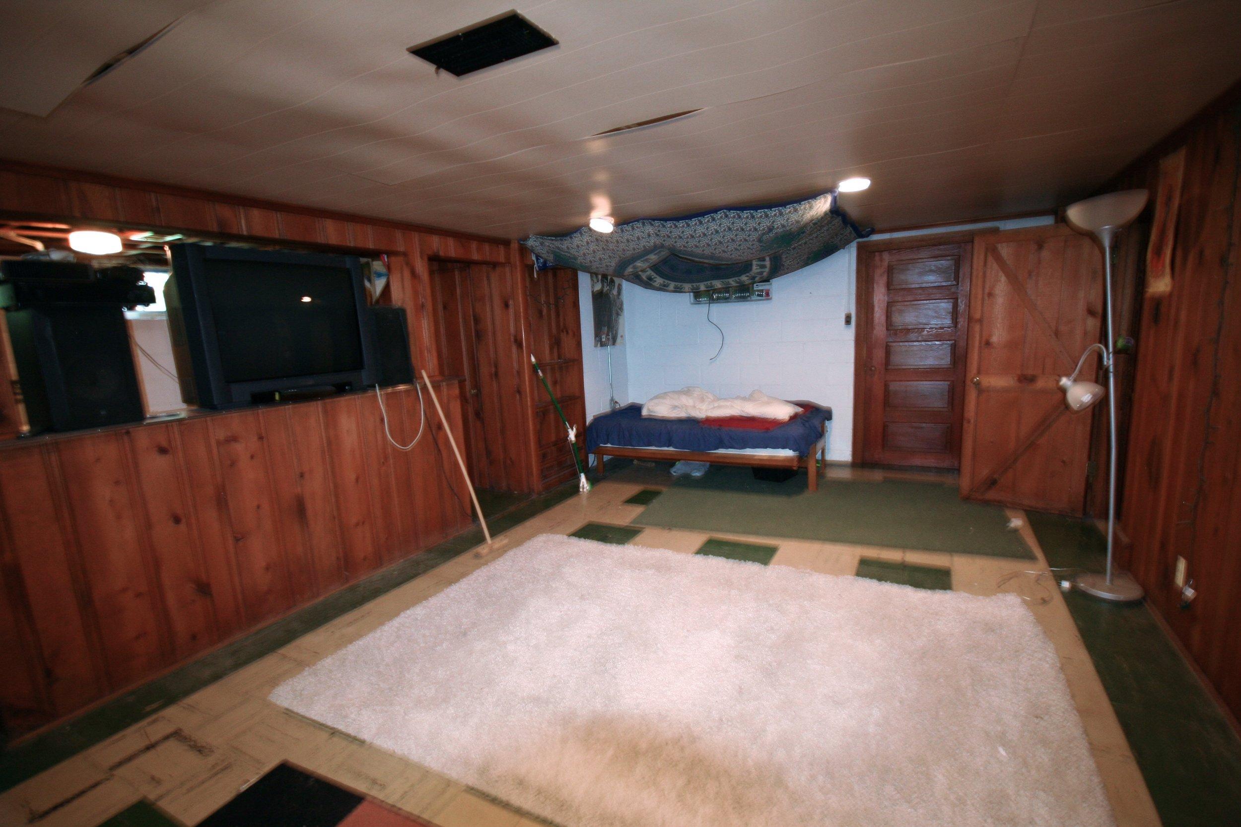 basement livingroom.jpg