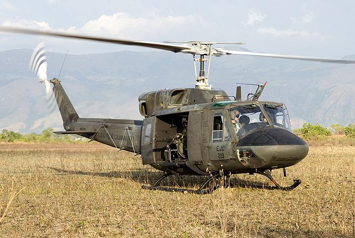 UH-1N_007.jpg