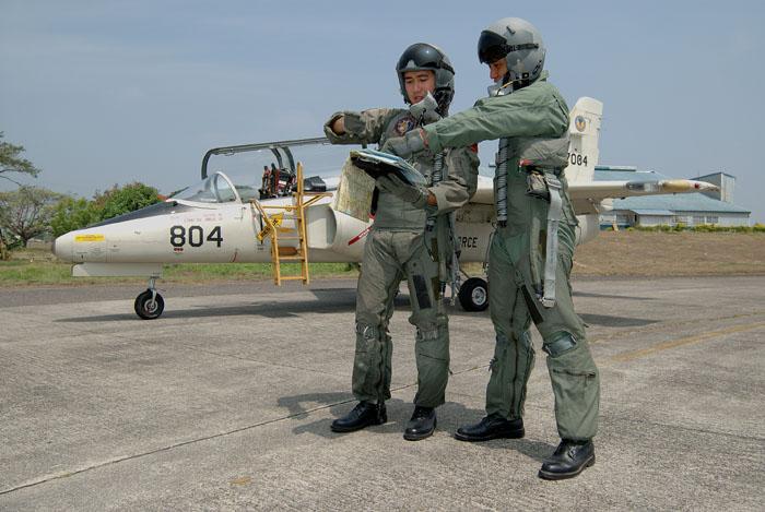 pilots_003.jpg