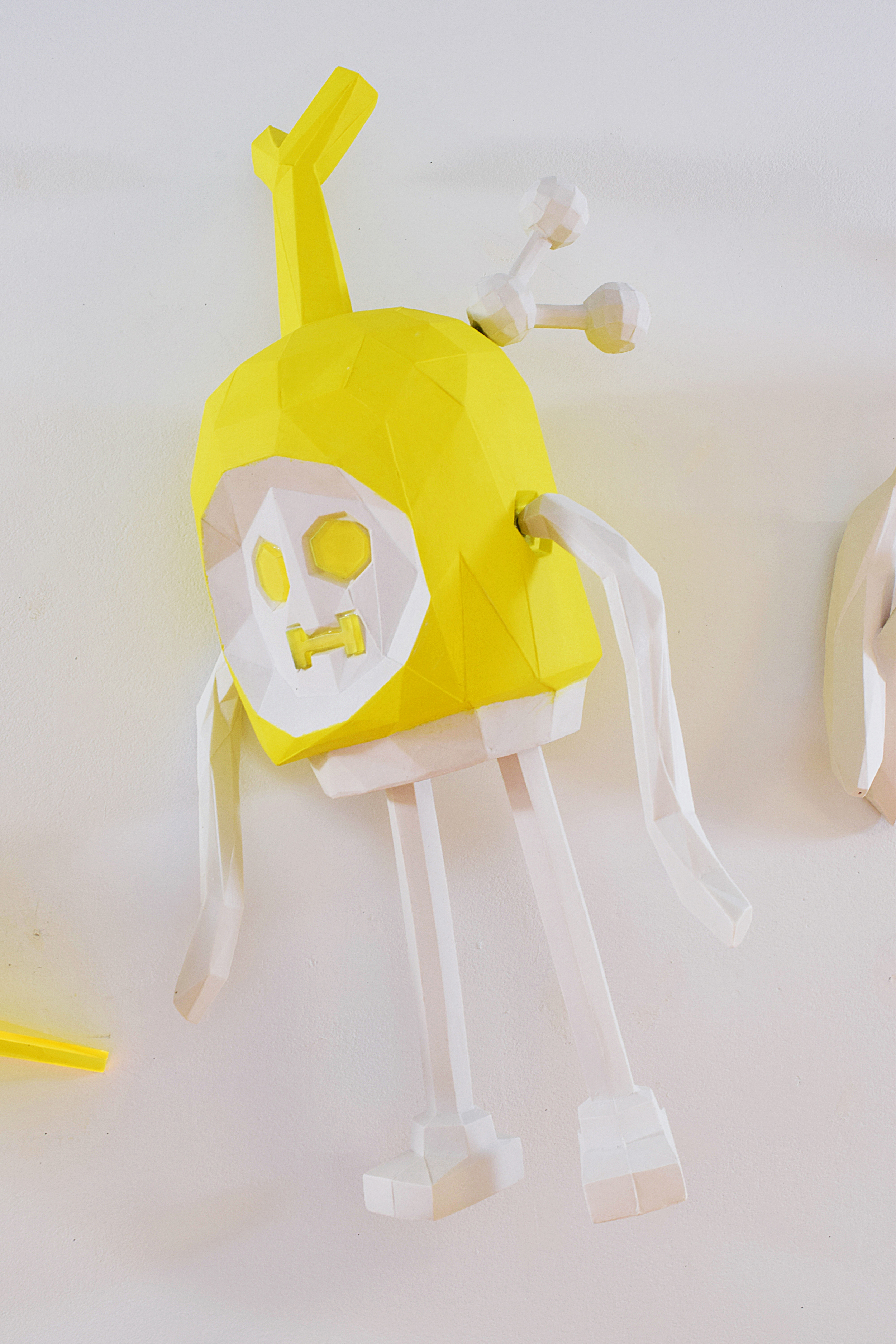 Plate of Bananas Yellow (detail, banana guy with share icon)