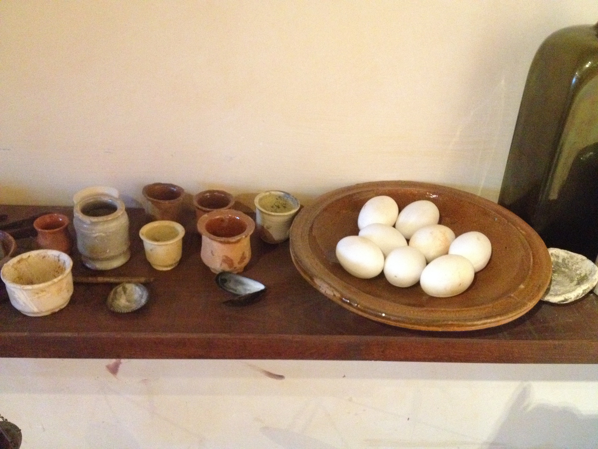 THE ALABASTER EGGS REMBRANDT PUT OUT FOR MY VISIT
