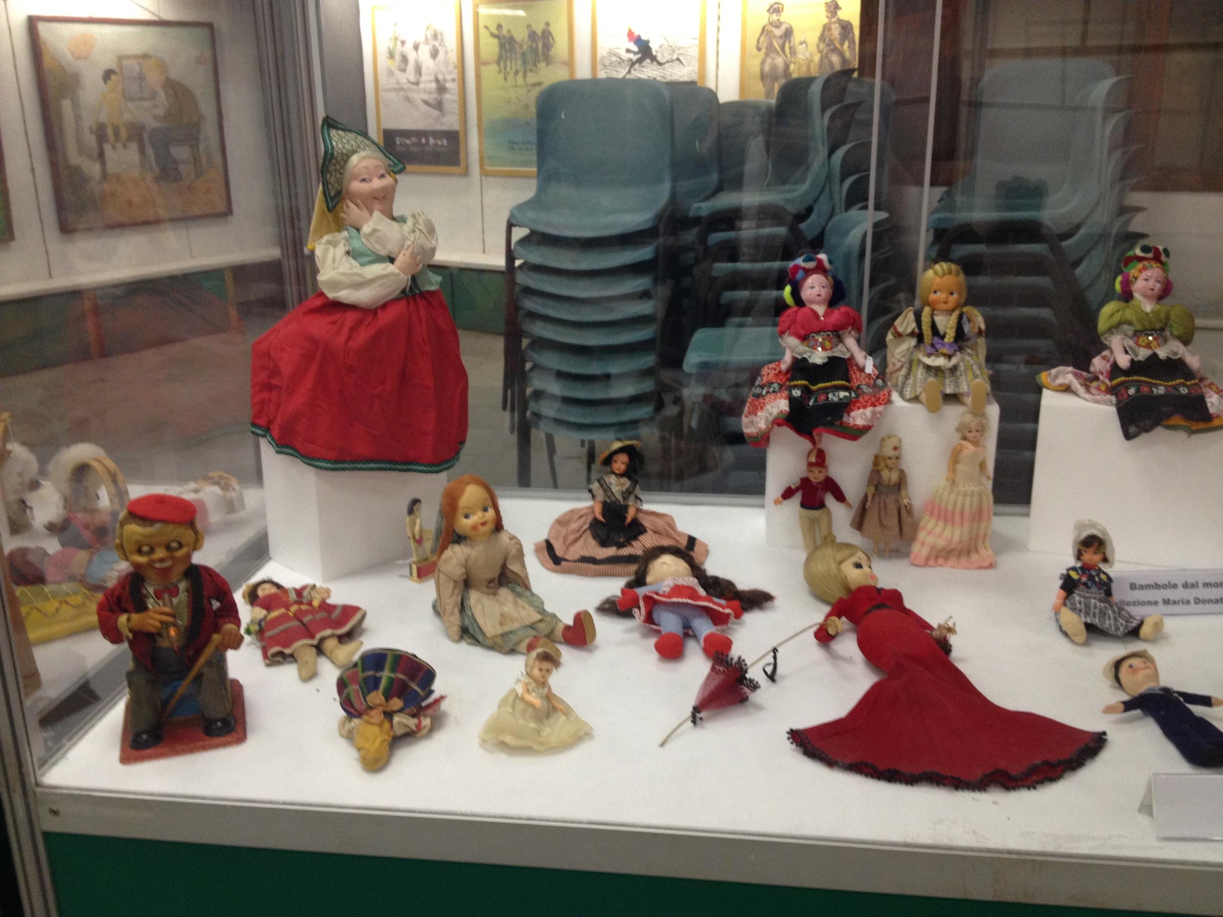 dolls of the world.jpg