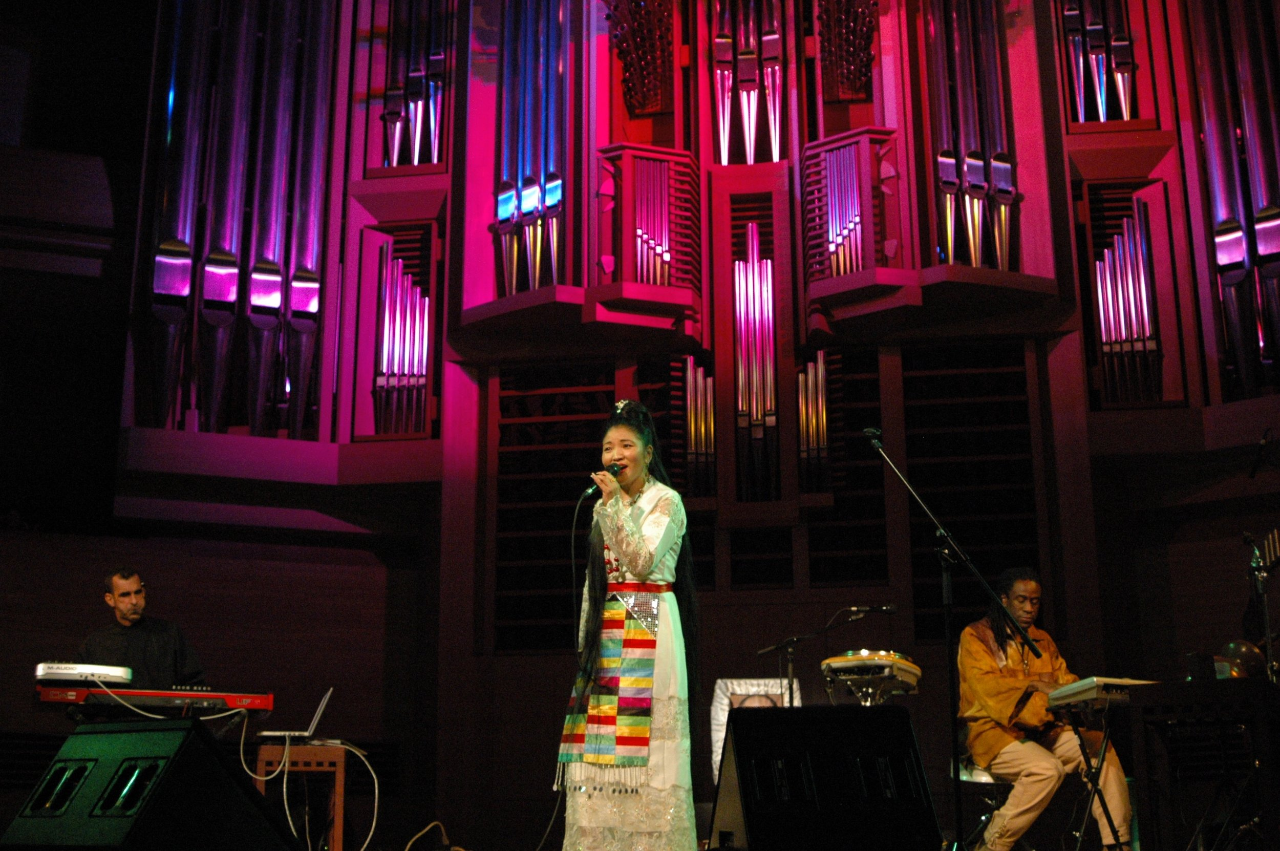 01 Yungchen DS Moscow theatre Jamshied & Will.jpg