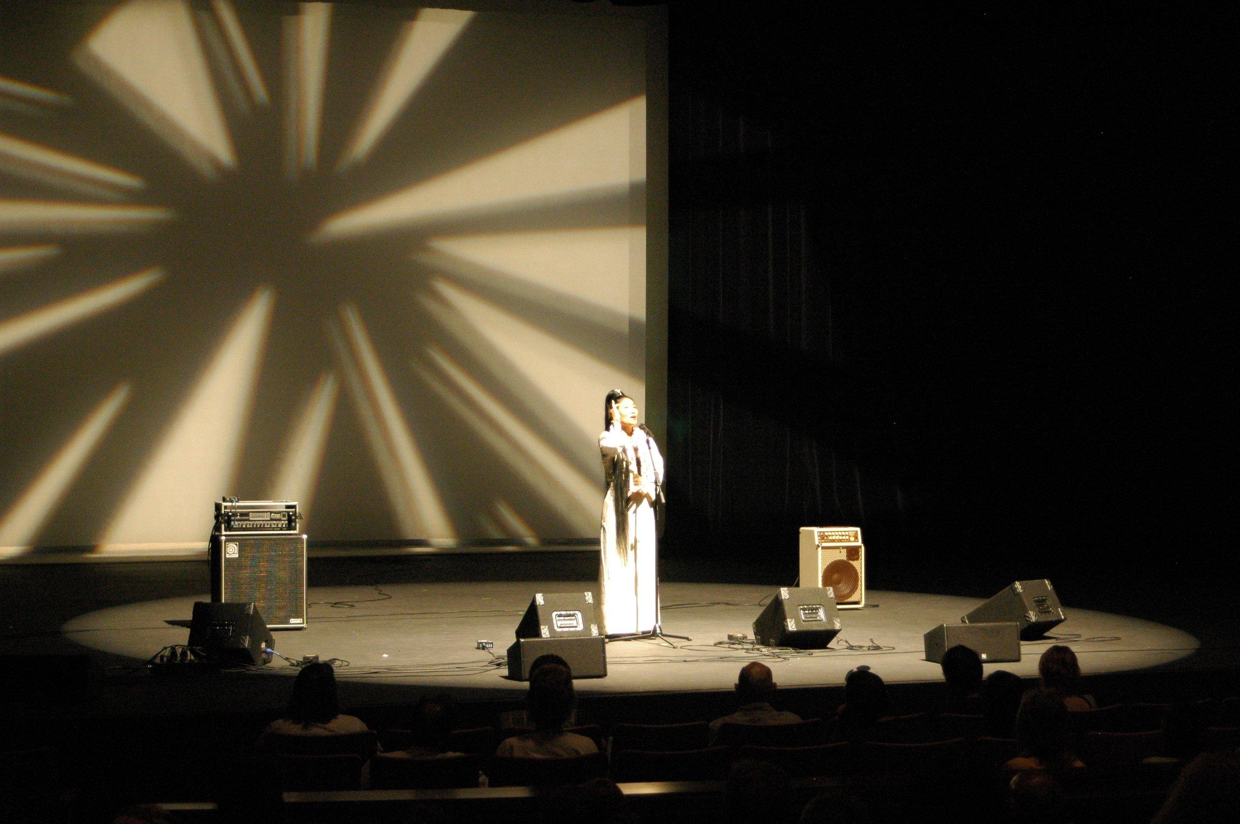 Yungchen Modern Stage.jpg