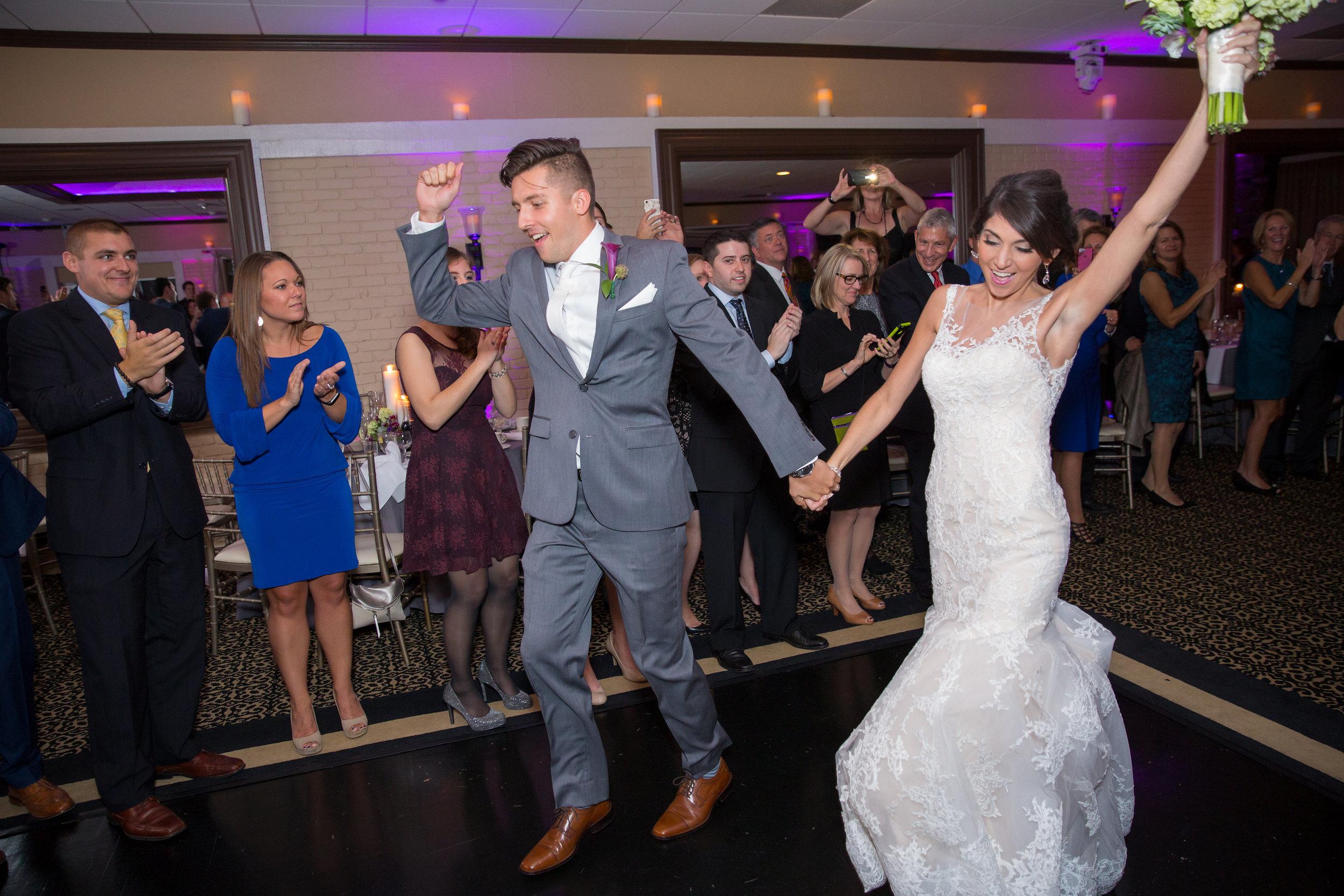 bride-groom-introduction