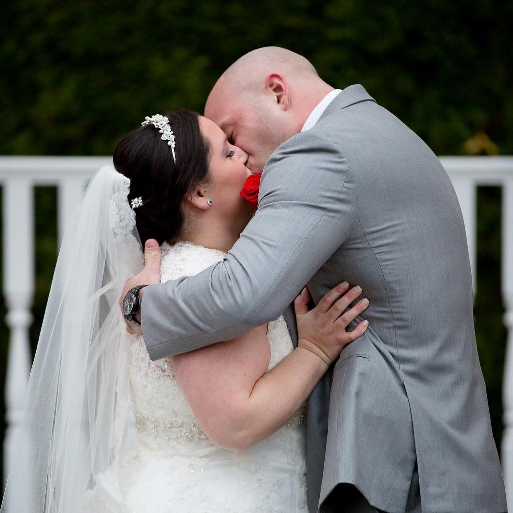 boston-wedding-photographer-saphire-estate-lakefront-wedding-36.jpg