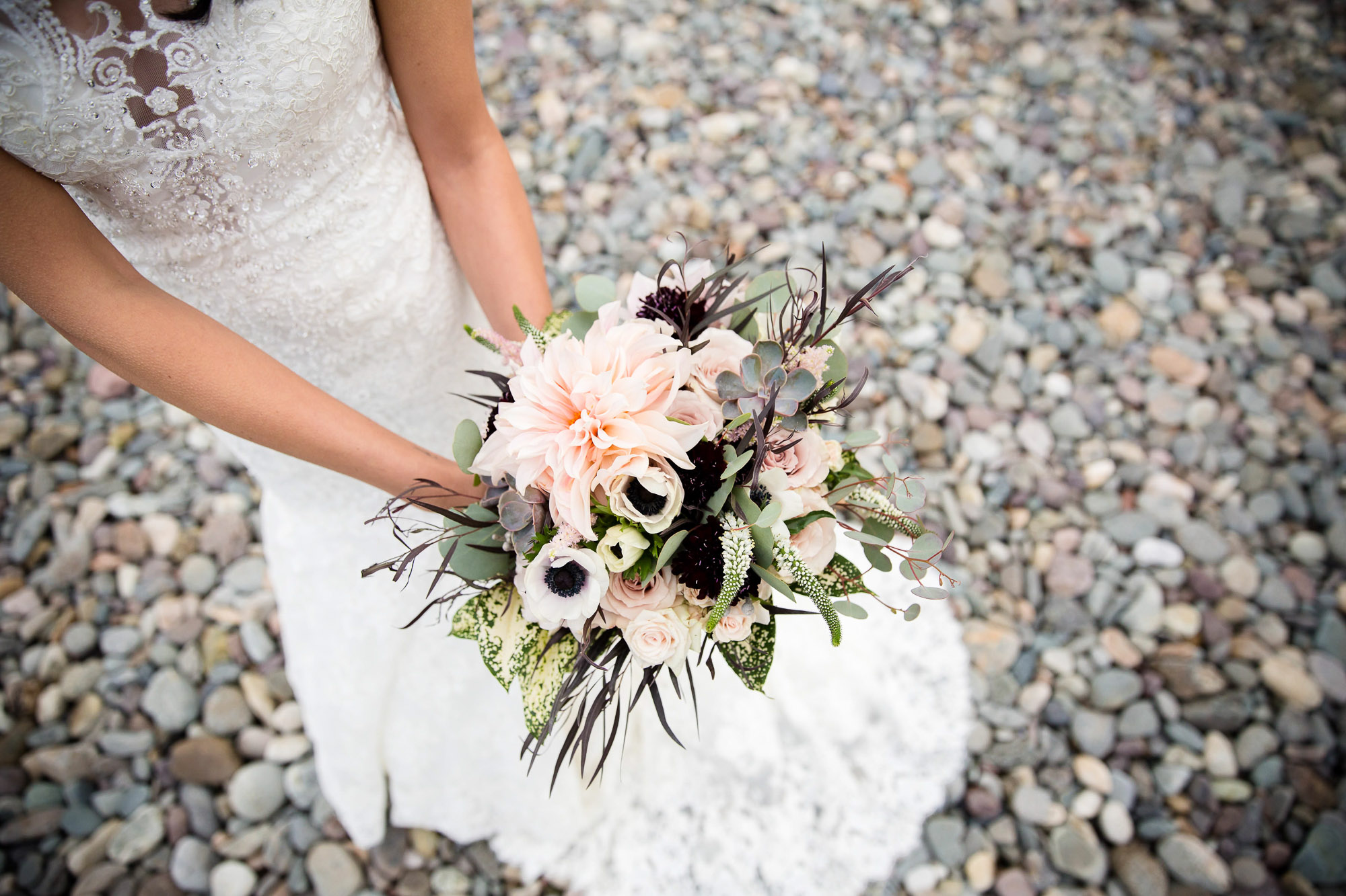 boston-wedding-photographer-26-north-studios-boquet-oceanview-beach.jpg