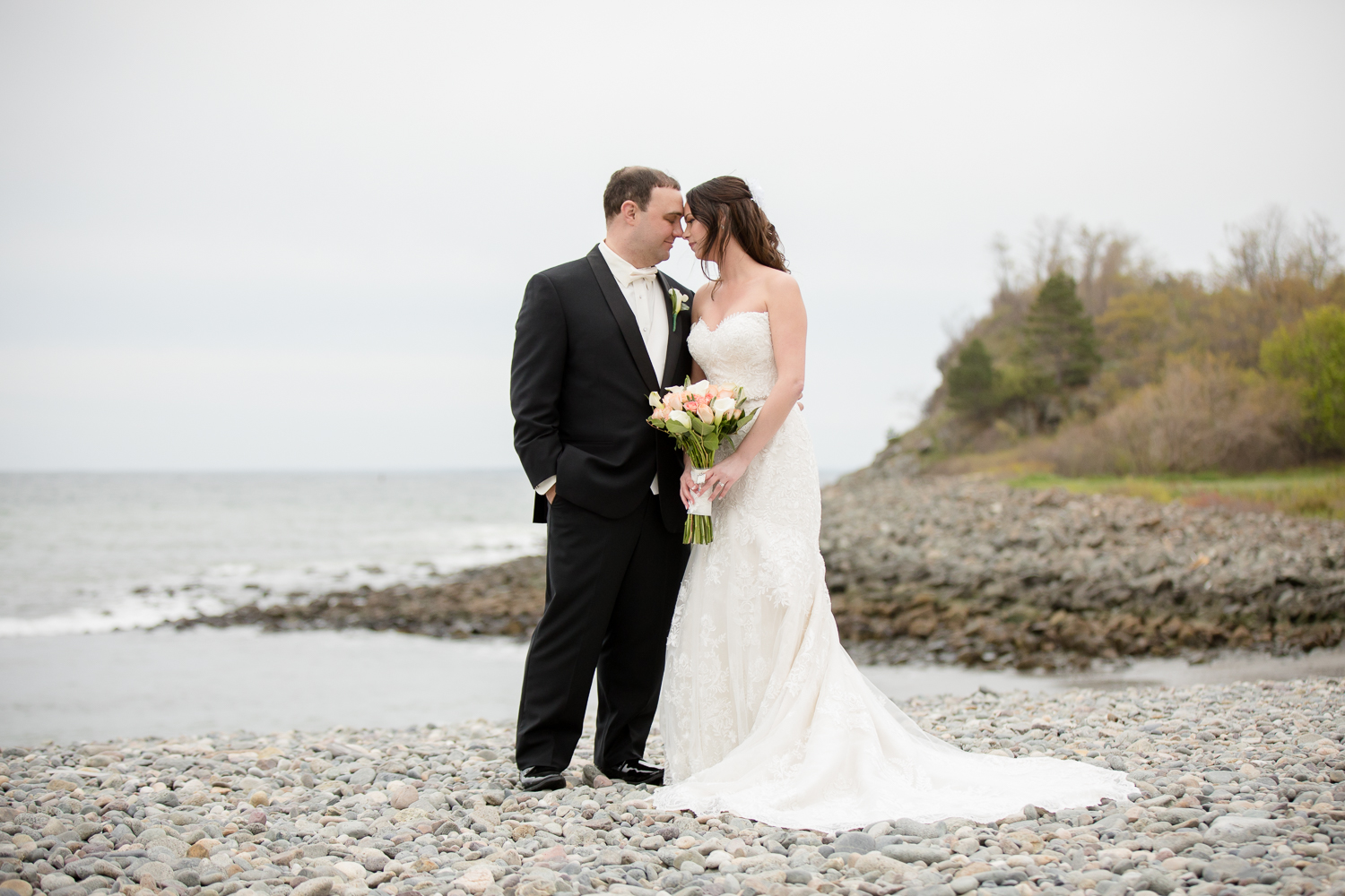 oceanview-of-nahant-wedding-26-north-studios-34.jpg