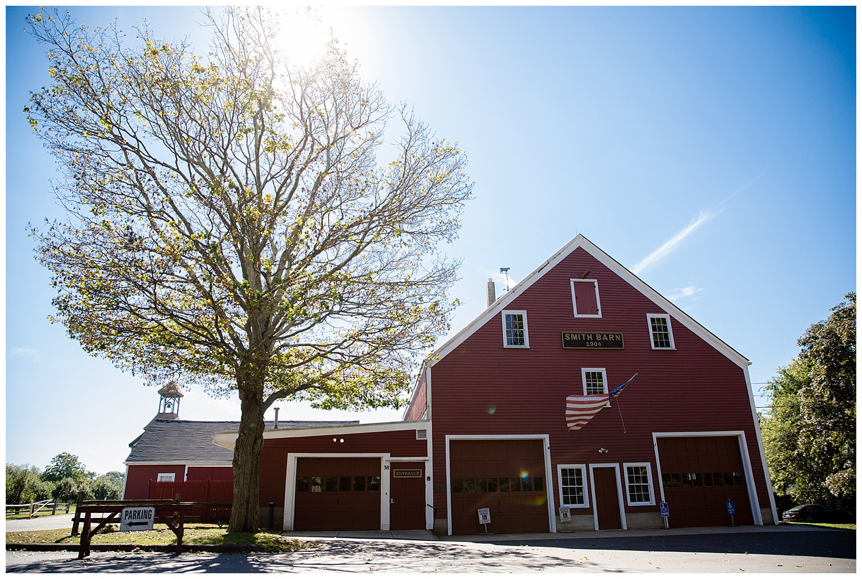 smith-barn-brooksby-farm-wedding-26-north-studios-boston-wedding-photographer-001.jpg