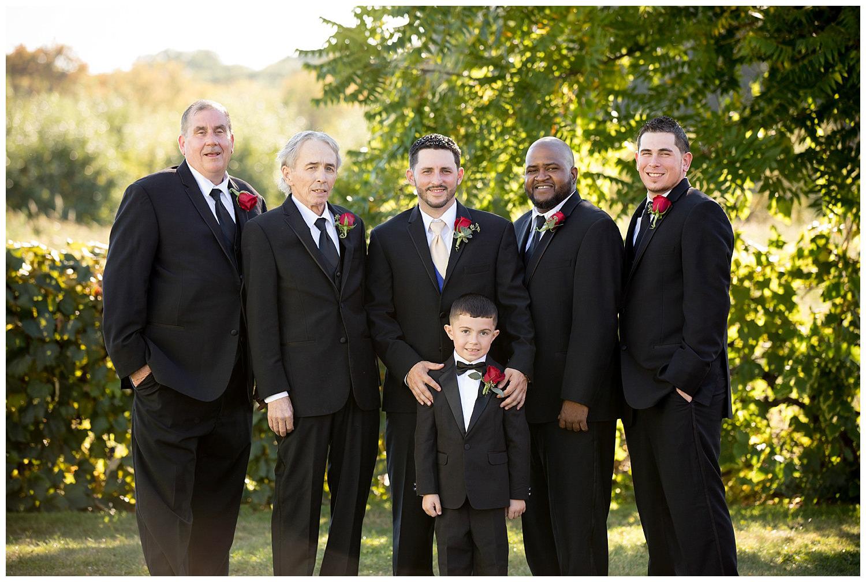 smith-barn-brooksby-farm-wedding-26-north-studios-boston-wedding-photographer-010.jpg