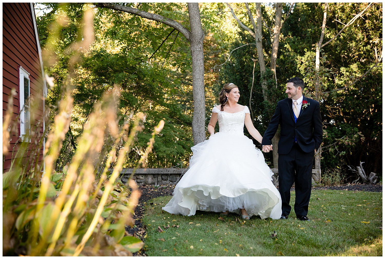 smith-barn-brooksby-farm-wedding-26-north-studios-boston-wedding-photographer-015.jpg