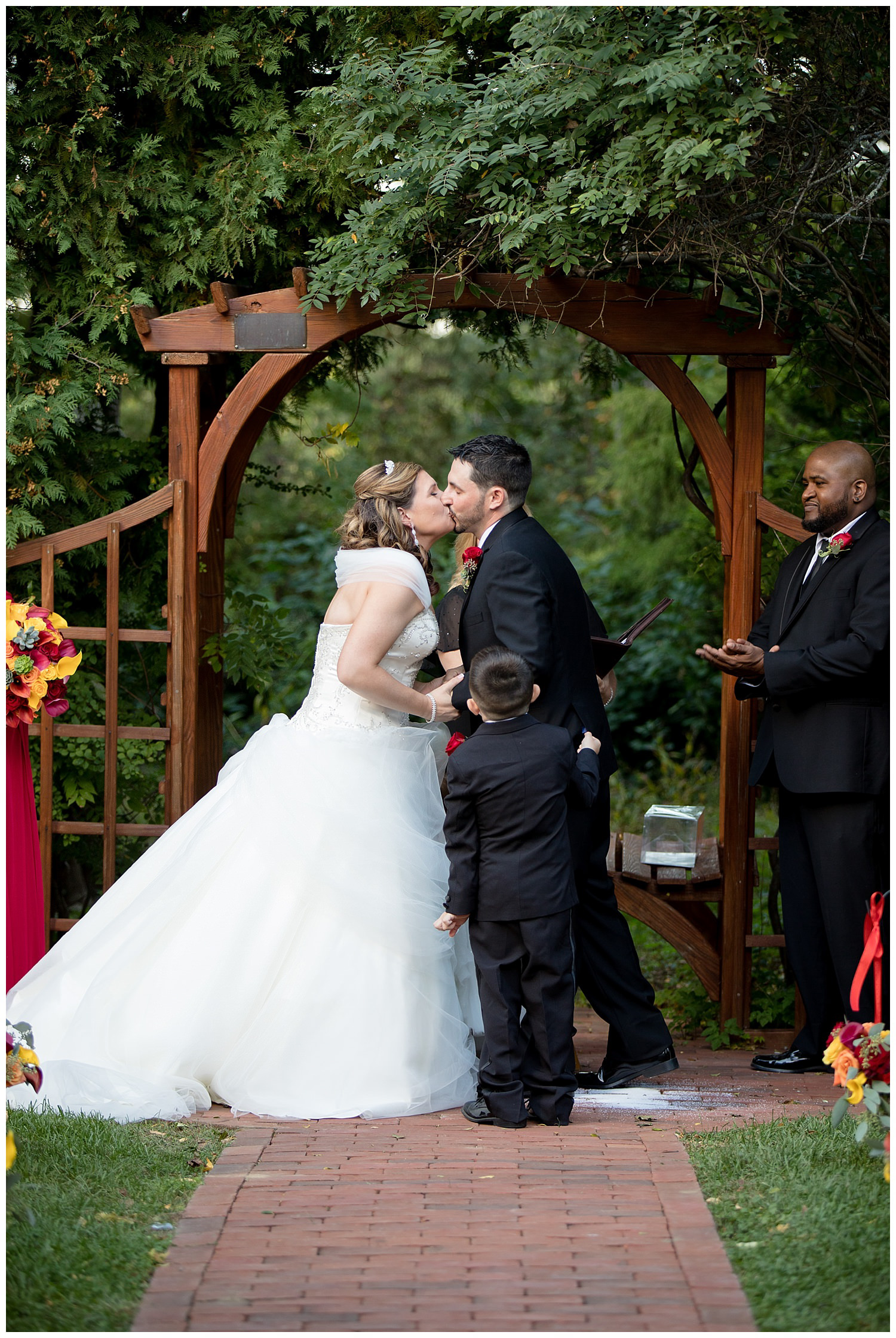 smith-barn-brooksby-farm-wedding-26-north-studios-boston-wedding-photographer-023.jpg
