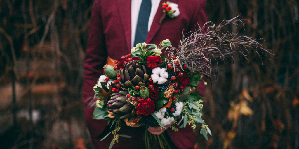 groom-with-bouquet.png