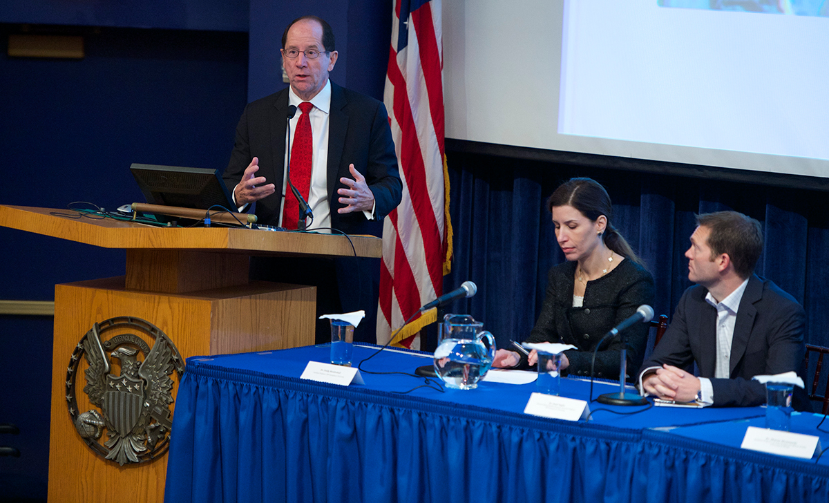 Dr. Daniel Lucey returns to campus to participate in an interdisciplinary symposium that includes Georgetown faculty experts on the impact of the Ebola crisis last semester.