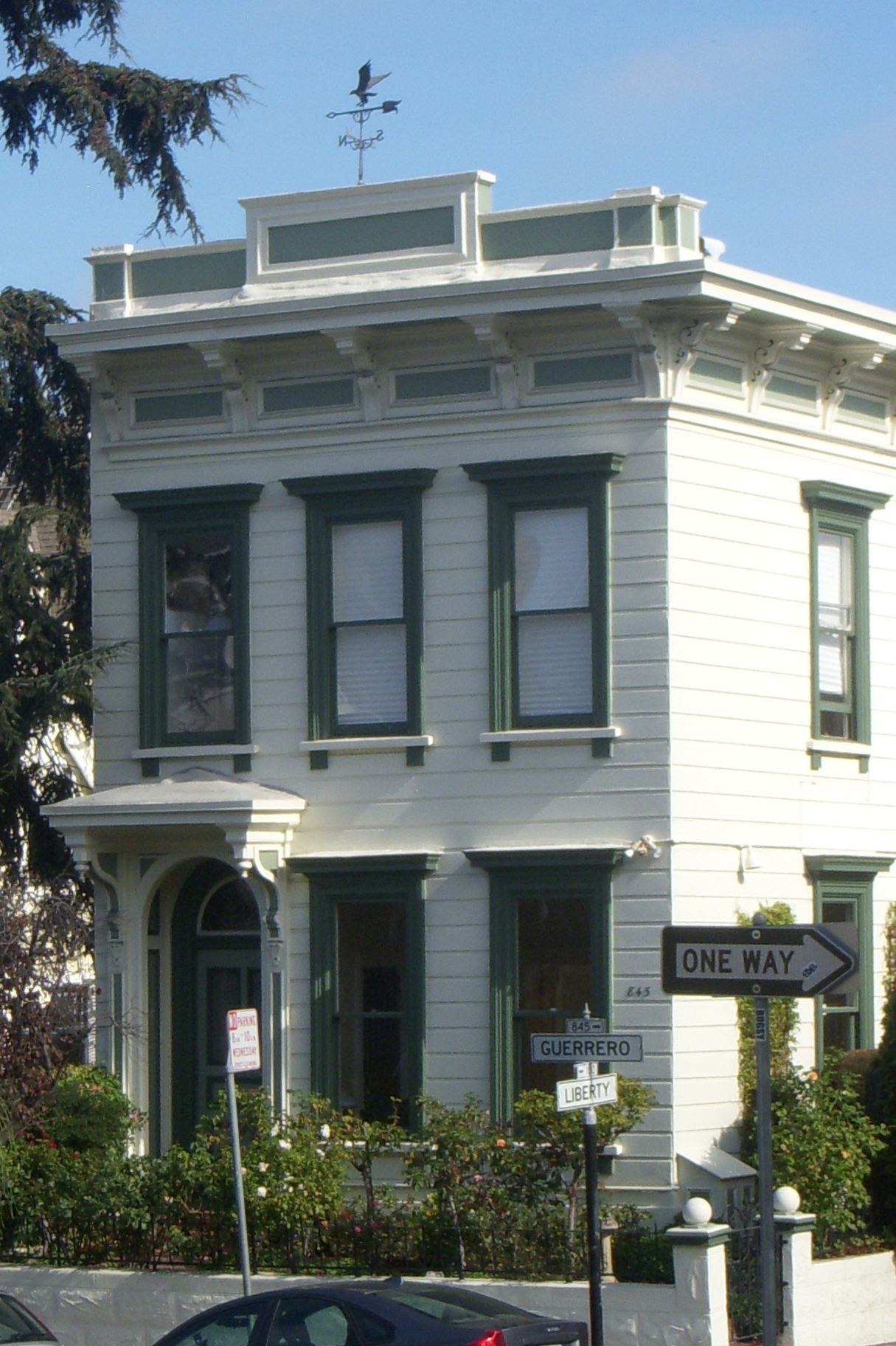 1870 flat-front home on Guerrero.