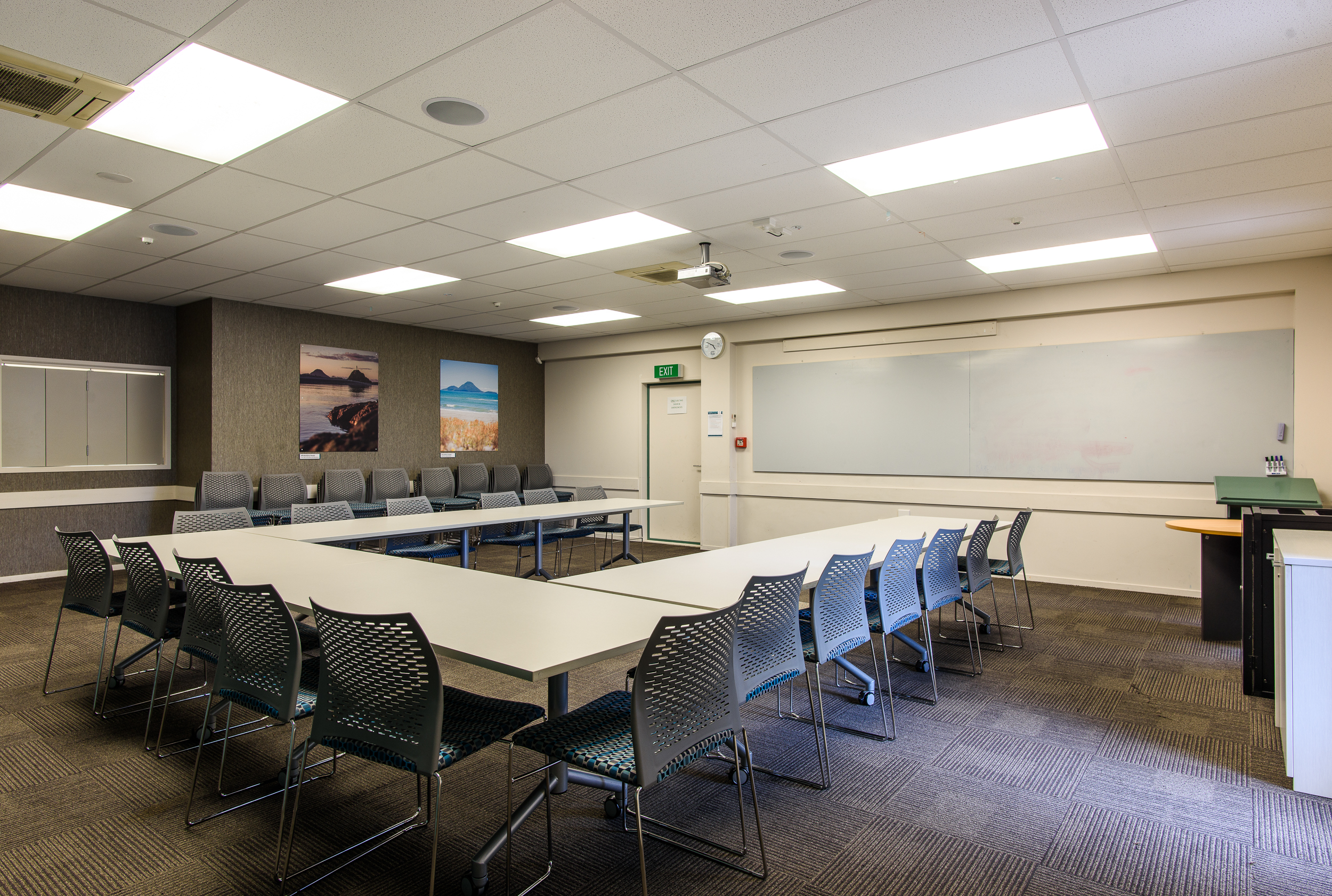 Putauaki - Capacity - 30 Seminar / 60 Theatre StyleHalf Day - $75 GST exclusiveFull Day - $150 GST ExclusiveNote: Rooms US1 and US2 can be combined for larger groups.