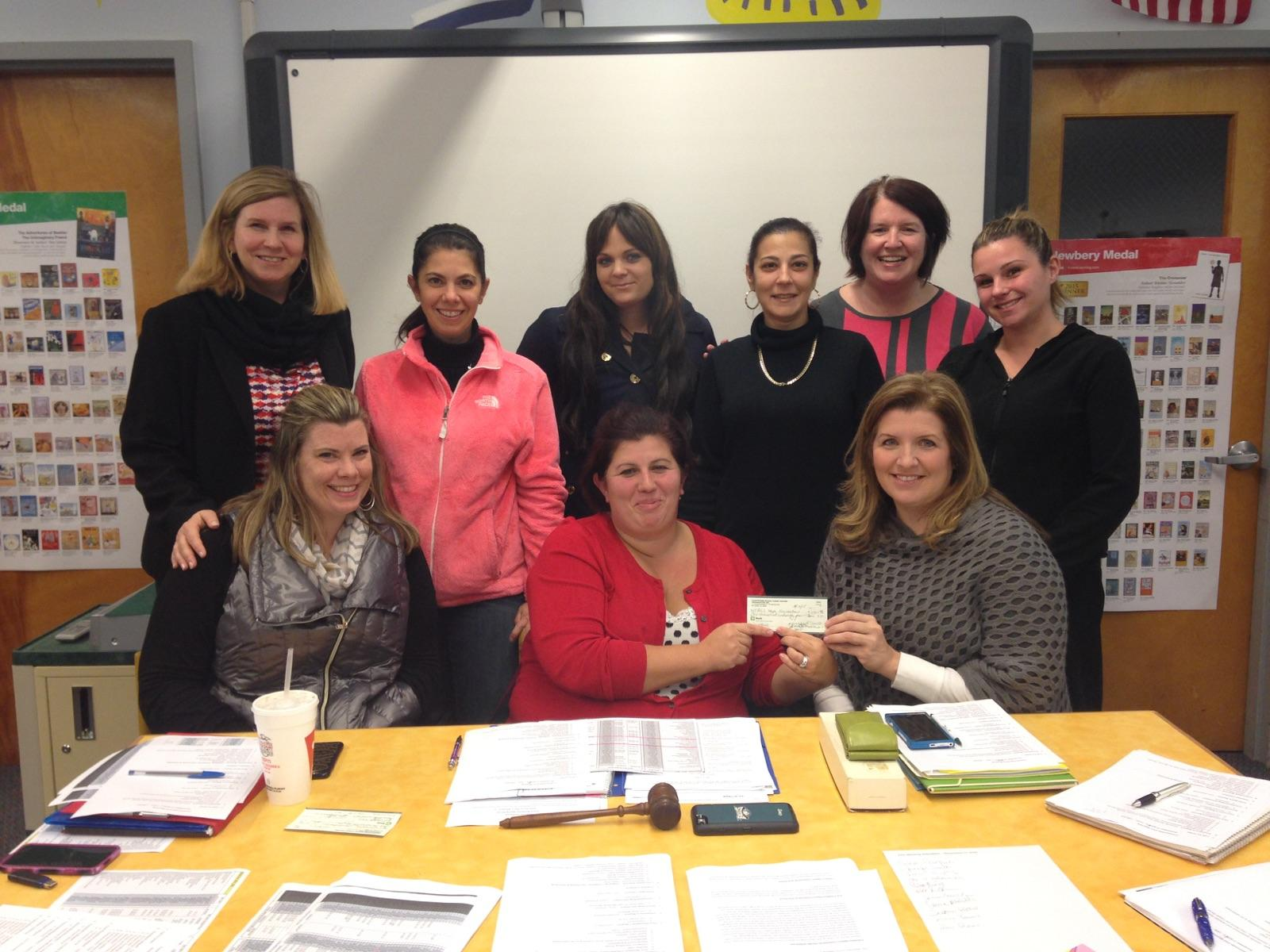 The COuntryside Elementary PTO joined by  Jackie Nicodemo, director of communications at the als hope foundation