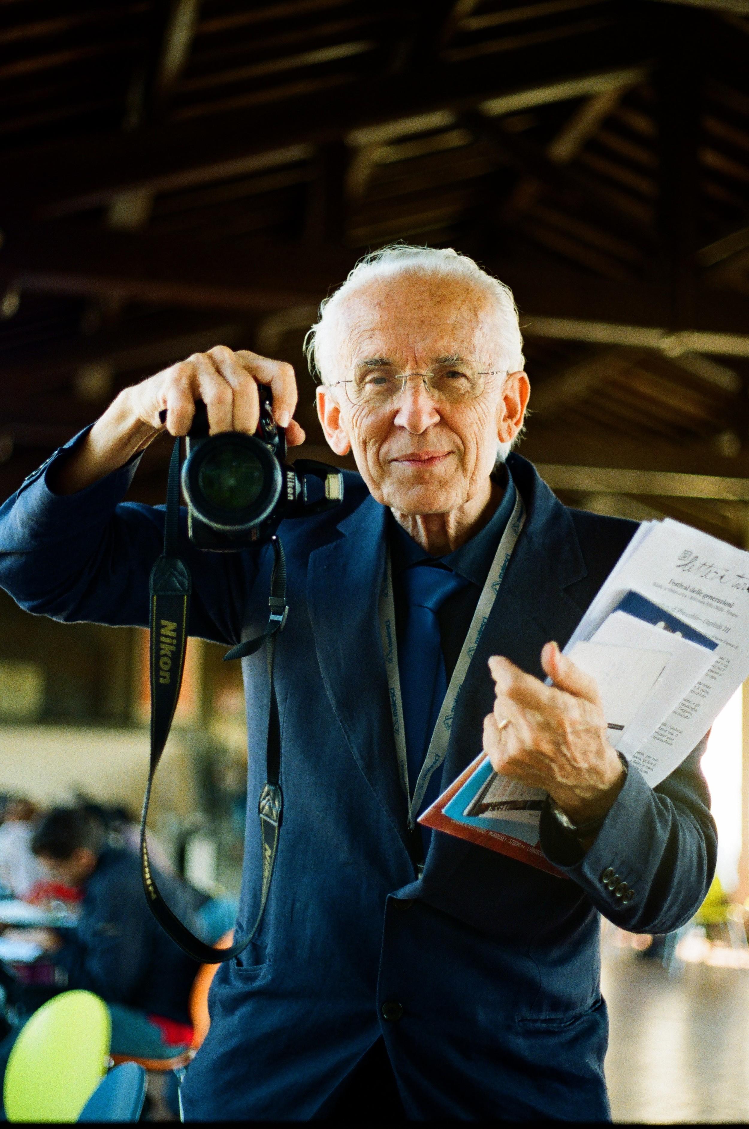 Italian Bill Cunningham, Florence, 2014.