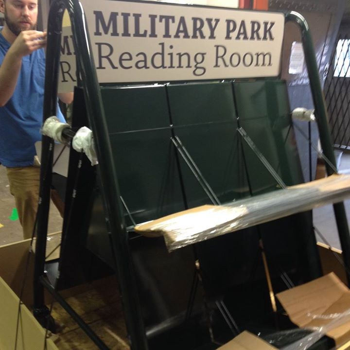 Portable Library for Military Park