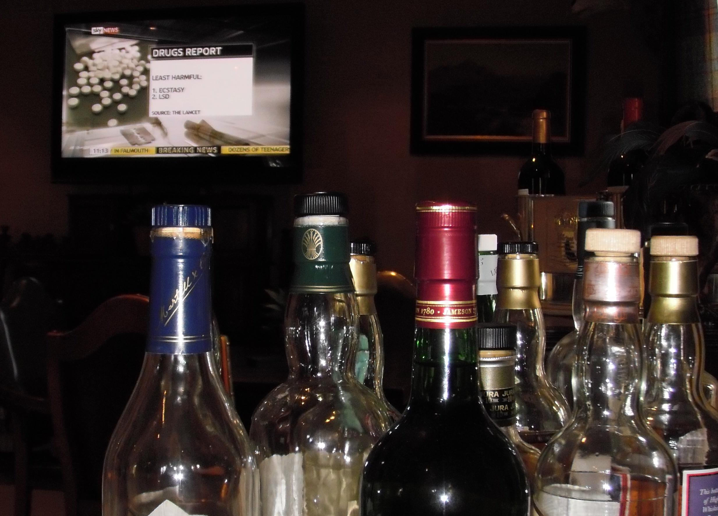 club eden bar.jpg