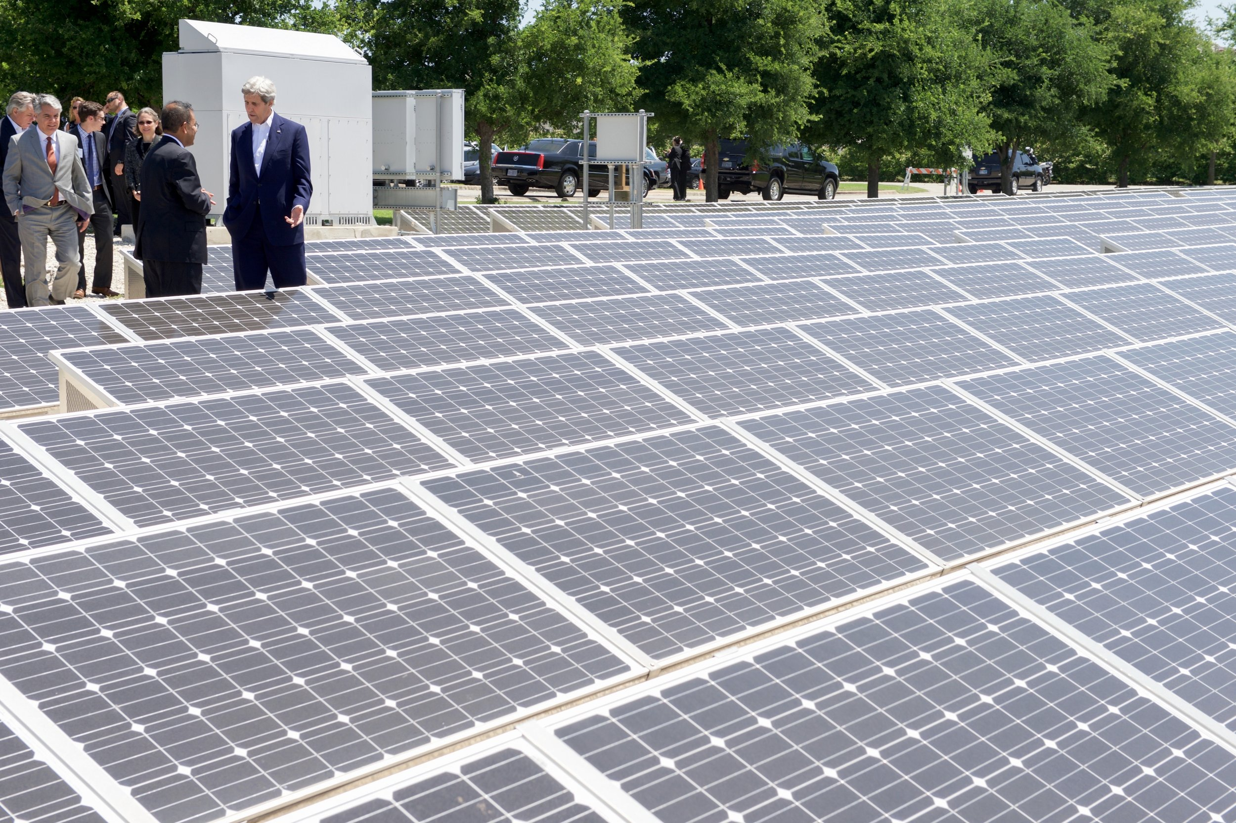Secretary Kerry touring a solar field in Austin, Texas, during a domestic stop to highlight his work at the State Department.