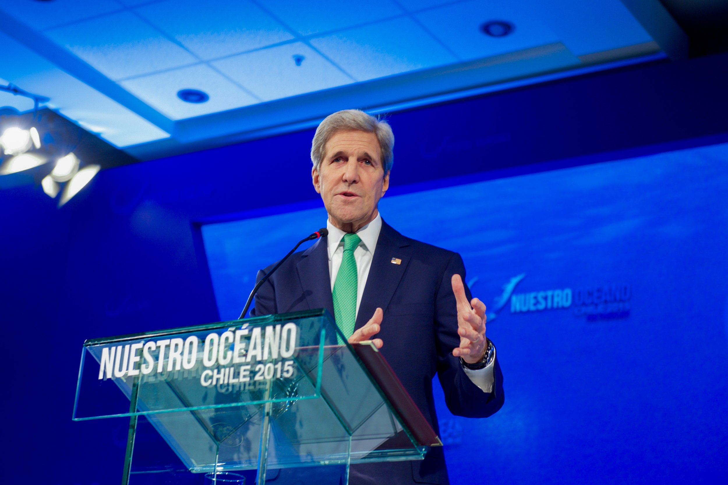 """Secretary Kerry addressing the second """"Our Ocean"""" conference in Valparaiso, Chile."""