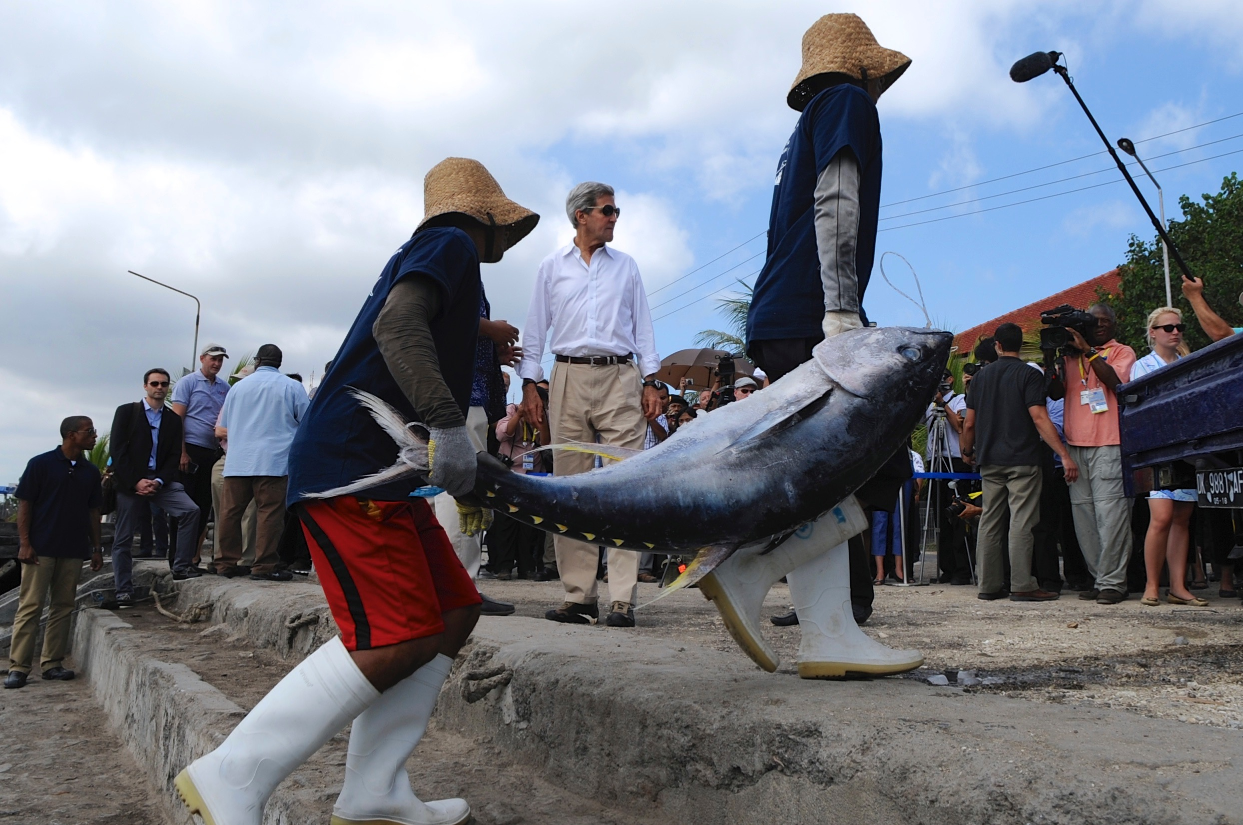 Secretary Kerry seeing sustainable tuna fishing while visiting Bali on behalf of President Obama.