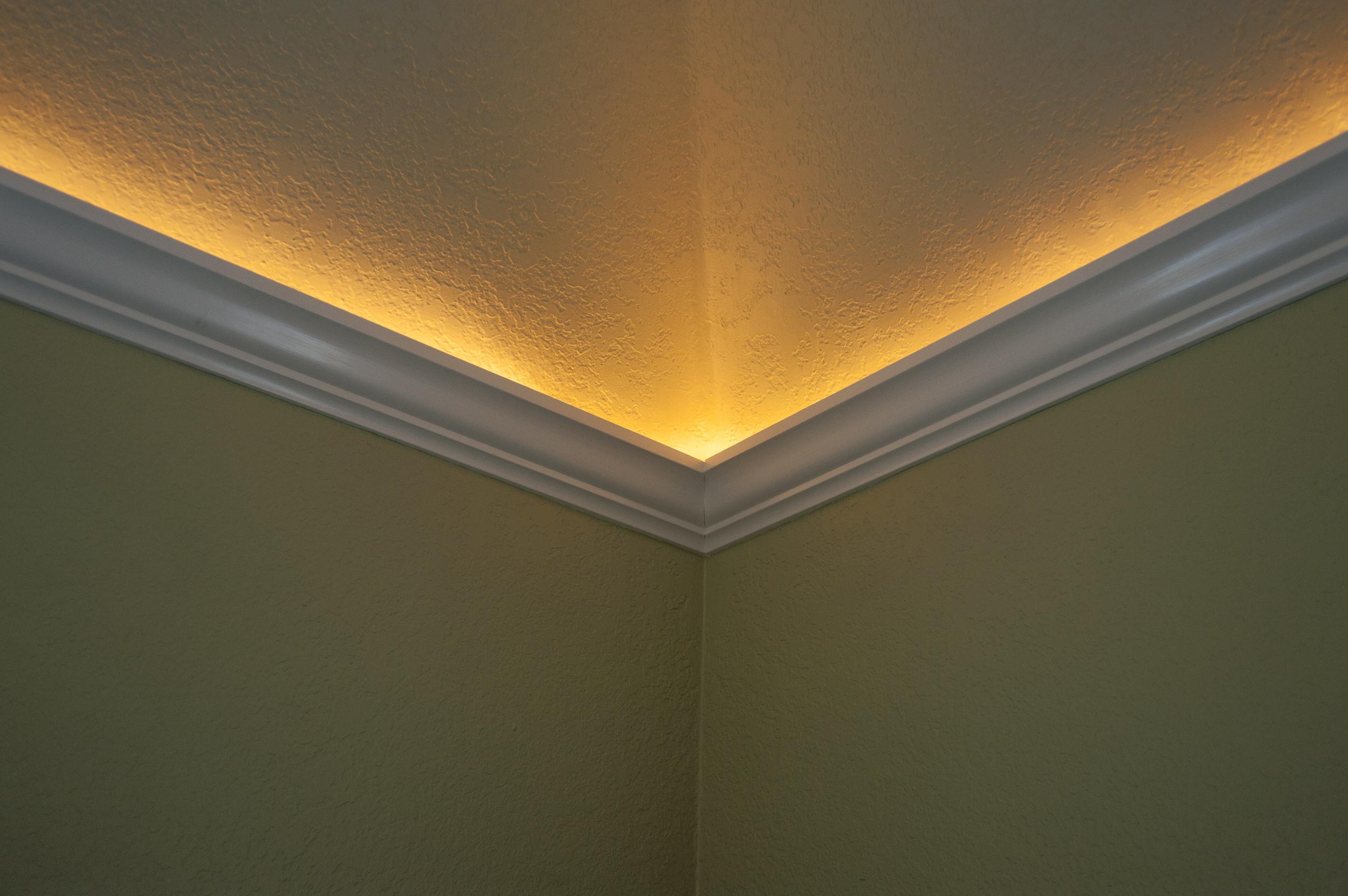crown moulding lighting 5.jpg