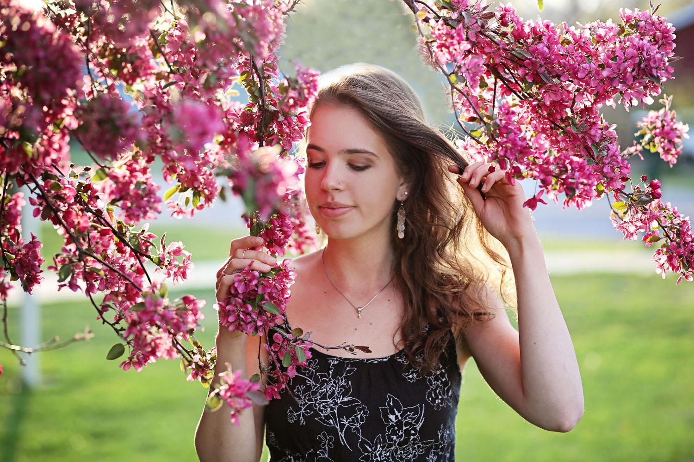 Megan Extra 003.jpg