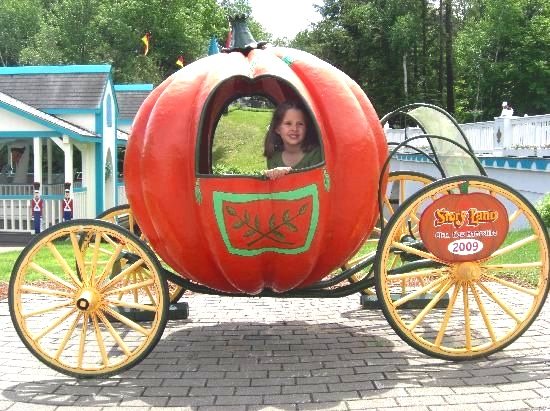 Story Land Amusement Park (Glen, NH)