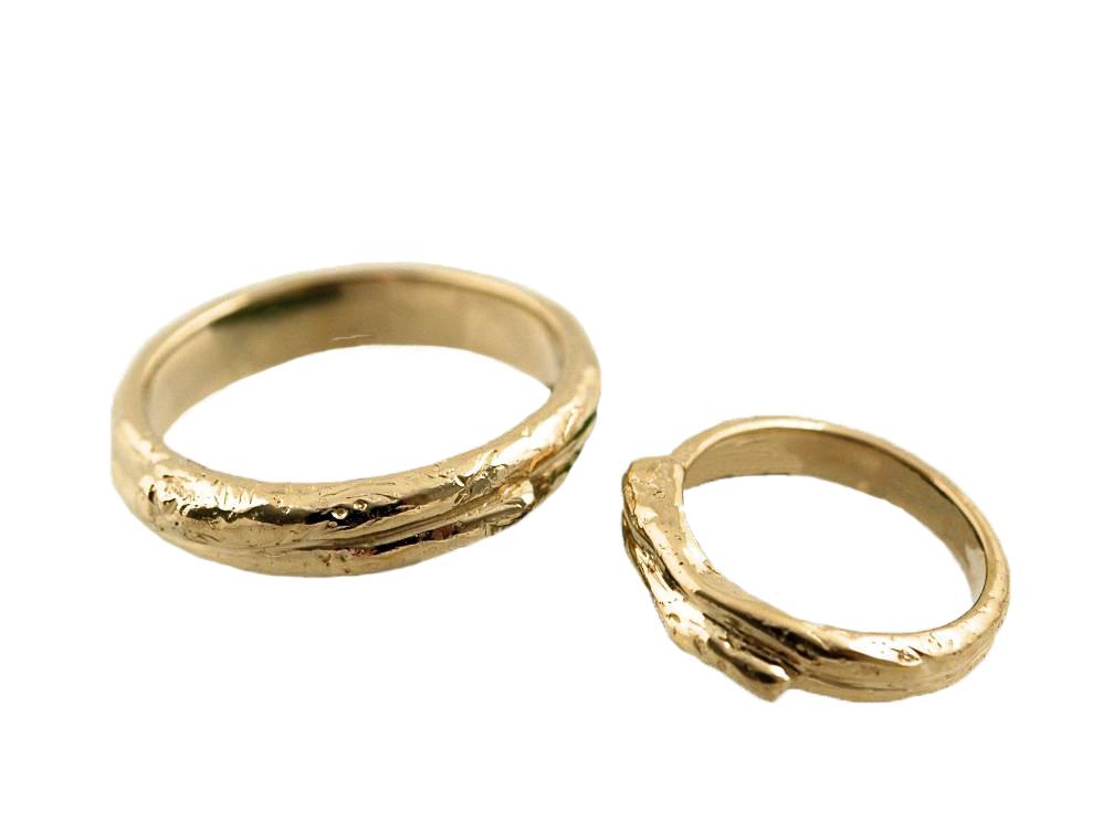 The 14K Yellow Gold Wedding Ring set.
