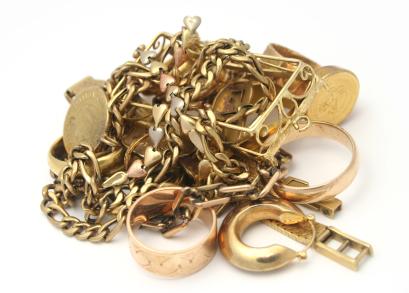 https://trekforlebanon.files.wordpress.com/2010/02/brokengoldjewellery.jpg