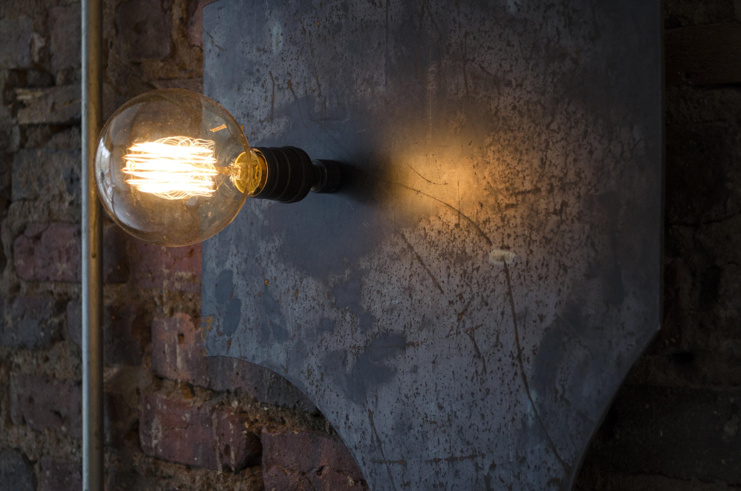Sarah Entwistle,  Offcut lamp #8  (detail), 2019