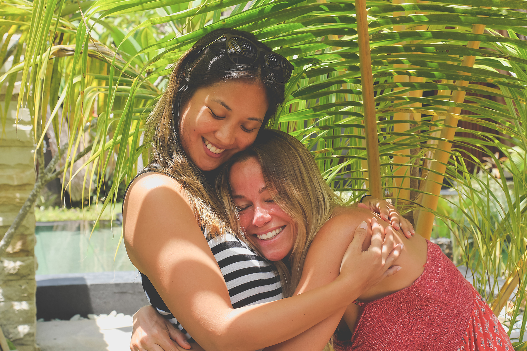 Friends connecting on Bali Yoga Retreat