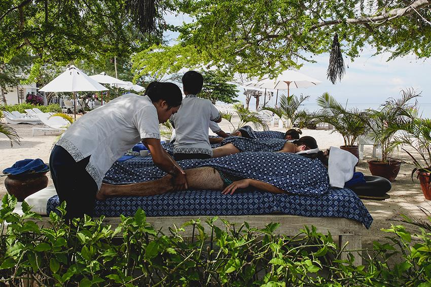 Yoga Retreat Bali massage