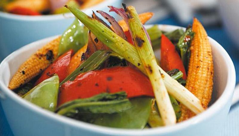 new-years-yoga-retreat-food-vegitarian.jpg