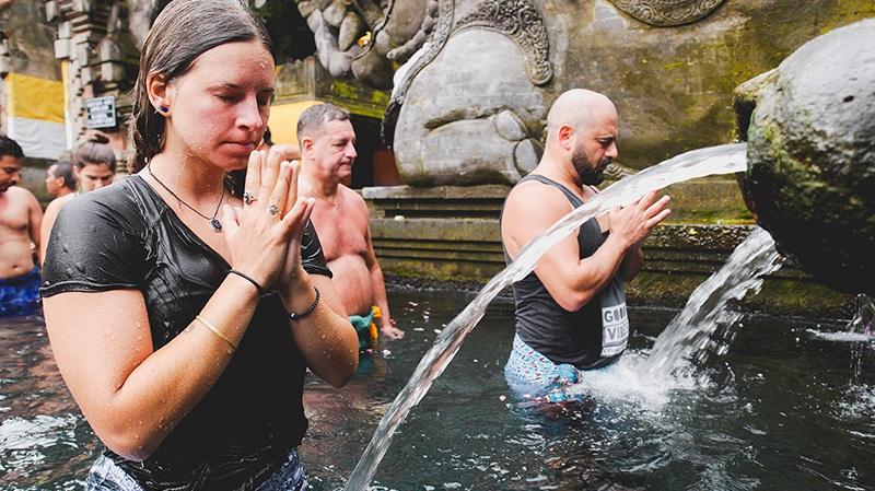 water-ceremony-bali-yoga-retreat.jpg