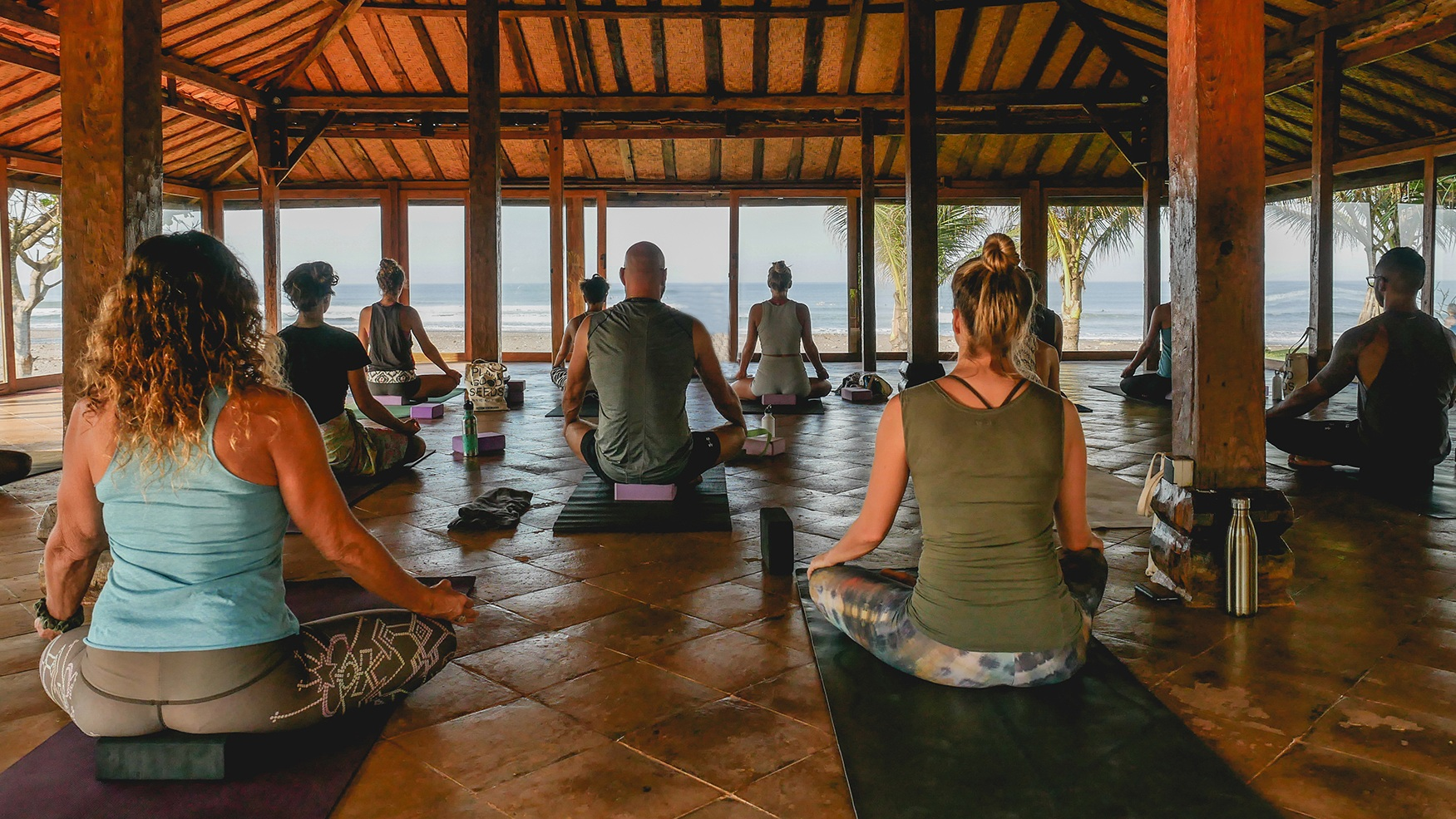 100hr-yin-yoga-teacher-training-bali-thailand.jpg